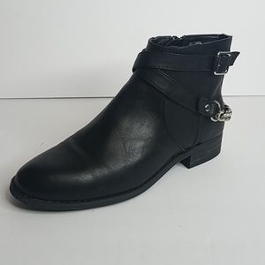 NWOT Forever 21 Chained Faux Leather Booties 8